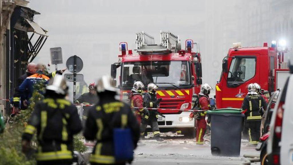 Tres heridos y dos desaparecidos por una explosión en un garaje de Burdeos