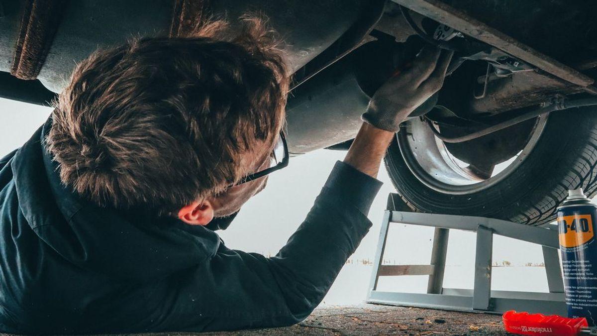 ¿Pierde mi coche la garantía si no lo llevo al taller oficial?