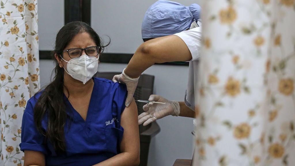 El 'efecto mariposa' de dejar sin vacunas a los países menos desarrollados