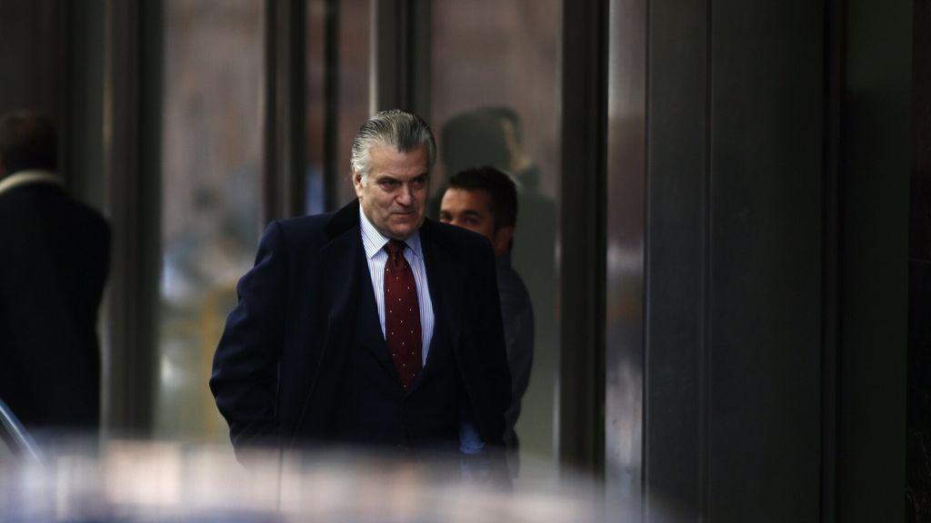 """El abogado de Bárcenas: """"Ninguna persona de la dirección del PP se ha dirigido a Luis Bárcenas en el momento actual"""""""