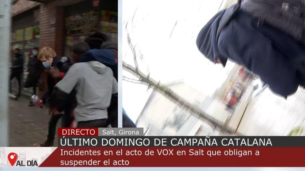 Impiden la labor de un reportero de 'Cuatro al día' tras los incidentes en el acto de Vox en Salt