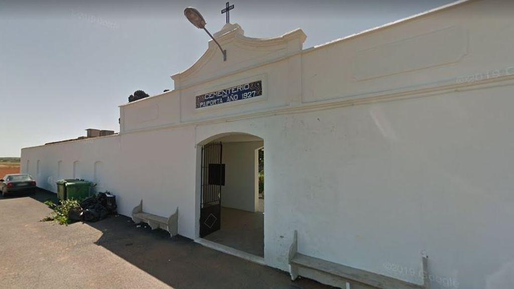 Profanan cerca de 40 tumbas del cementerio valenciano de Paiporta