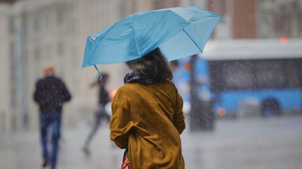 Se acerca una fuerte borrasca: habrá avisos meteorológicos en media España por el temporal