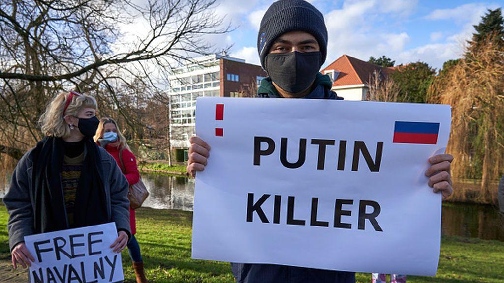 La inédita y violenta represión de Putin contra los periodistas