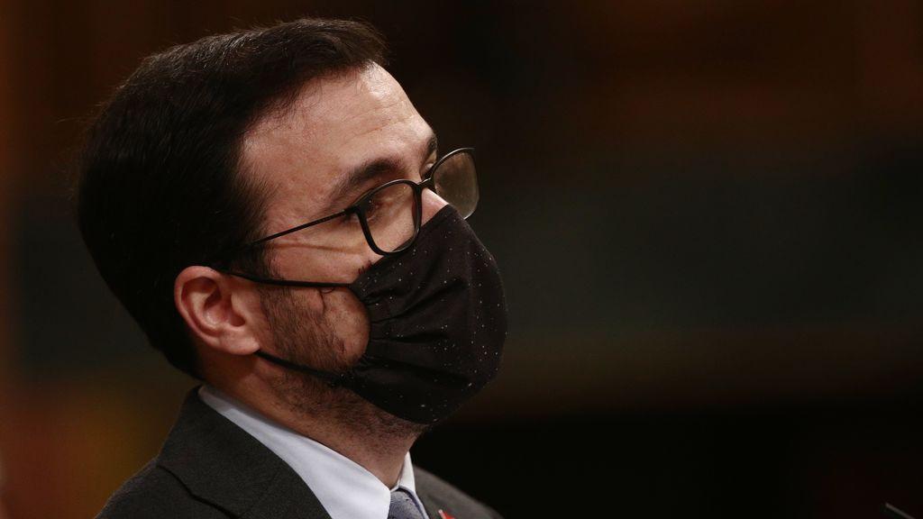 """El Ministro Garzón dice que """"no está acreditado"""" que las mascarillas FFP2 protejan mejor"""