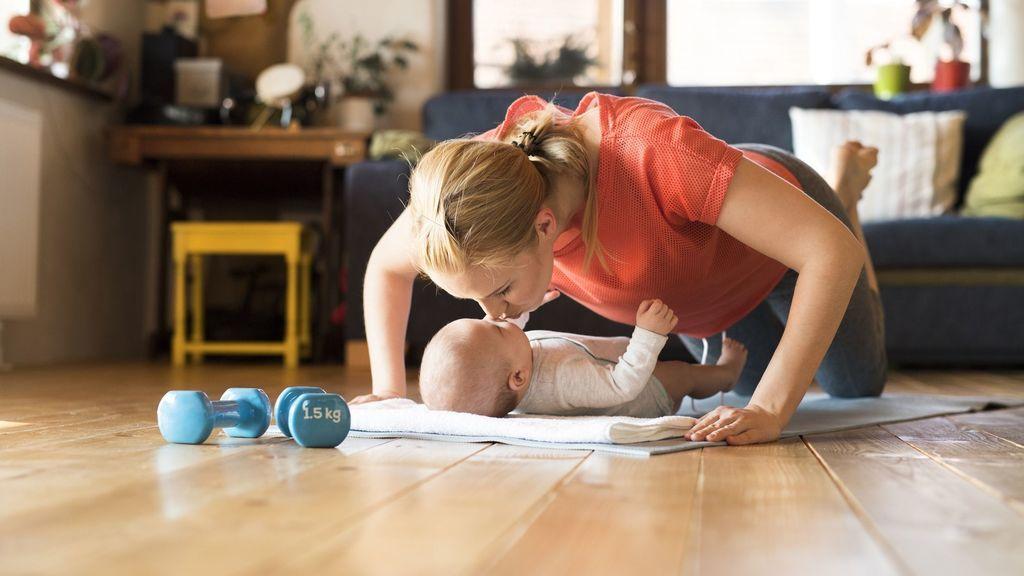 5 ejercicios de piernas que te ayudarán en la recuperación postparto: así podrás tonificarlas y volver a tu forma física.
