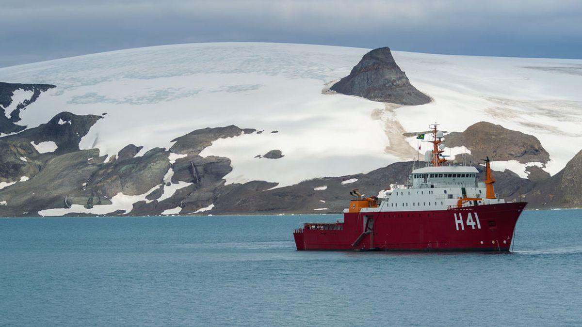 Un hombre logra recuperar en la Antártida su cartera perdida hace 53 años