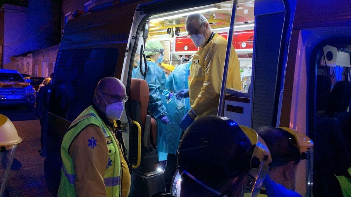 Muere repartidor en motocicleta al chocar contra camión de basura en Madrid