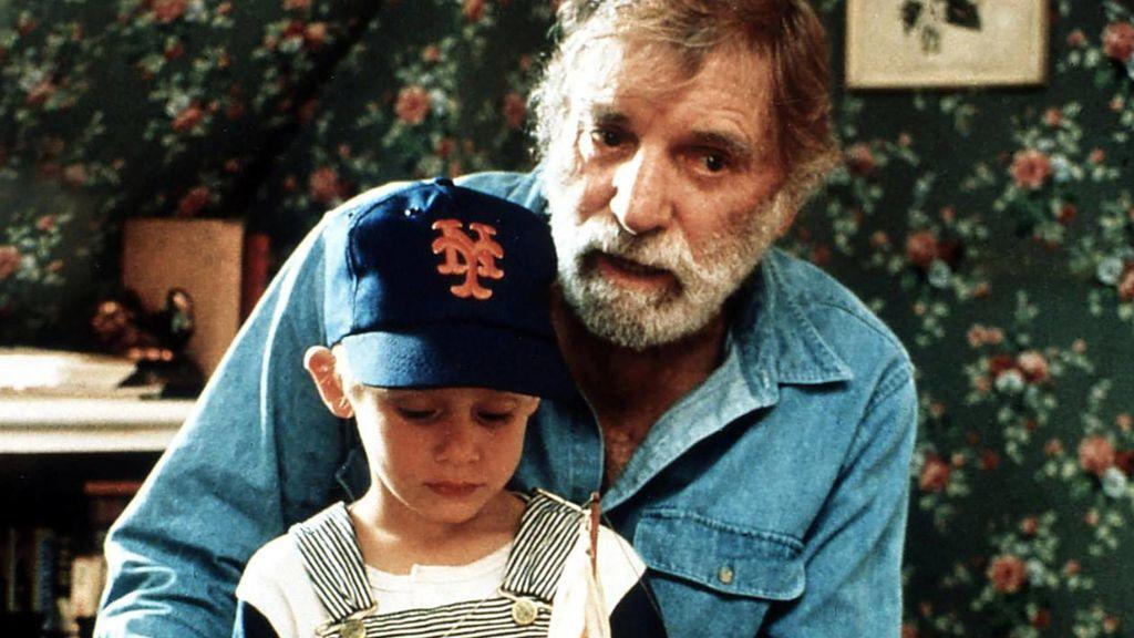 Hijo, no hagas esto con tu hijo: cinco abuelos explican lo que harían diferente sabiendo lo que ahora saben