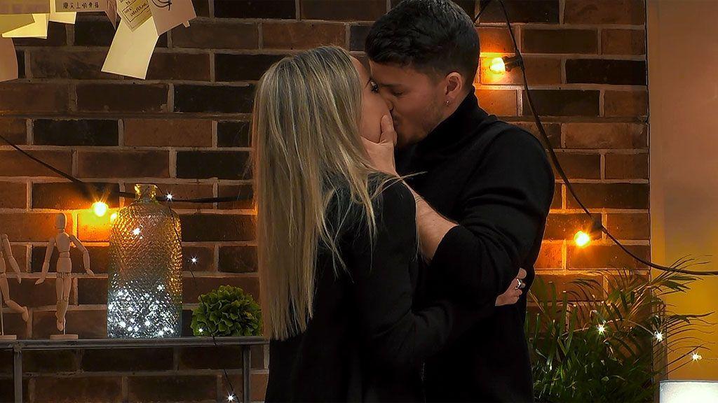 Carlos y Carlota en el programa 'First Dates'