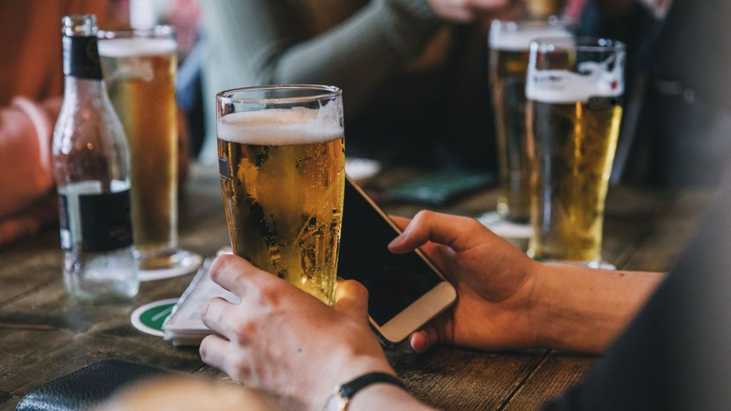 Patentan un modo para borrachos en el móvil que puede evitar el envío de mensajes incómodos