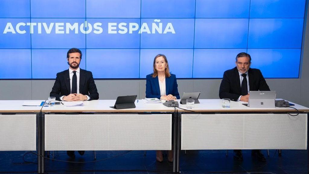 """Casado reconoce que López puso en contacto al abogado del PP con el entorno de Bárcenas cuando """"no estaba"""" en el partido"""