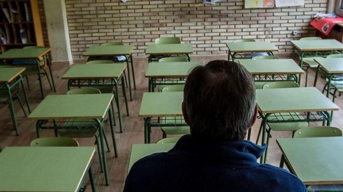 """Los profesores piden ser vacunados contra el coronavirus  de forma prioritaria por estar """"en primera línea"""""""