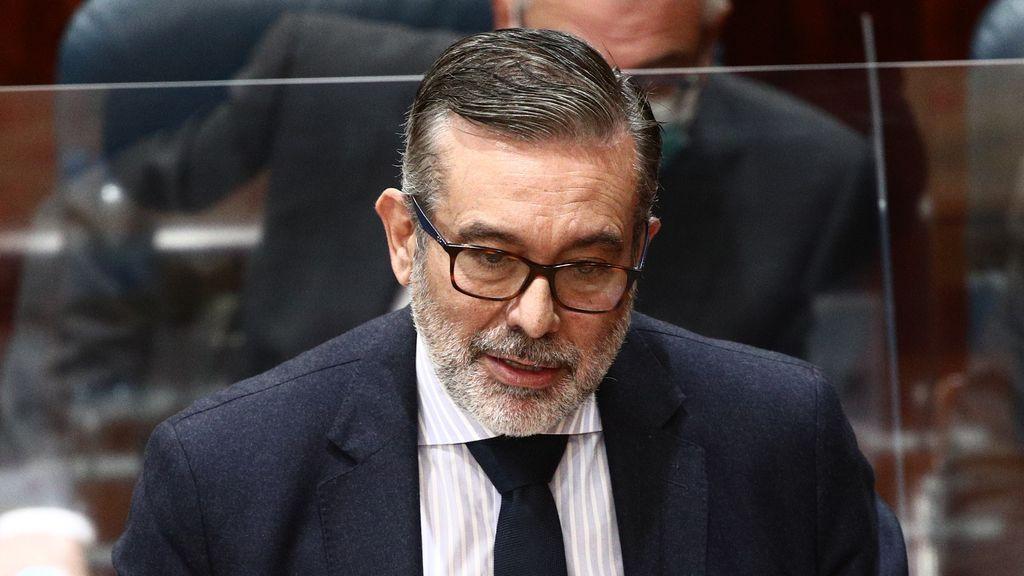 El consejero Enrique López facilitó que el abogado del PP se reuniera 12 veces con el intermediario de Bárcenas