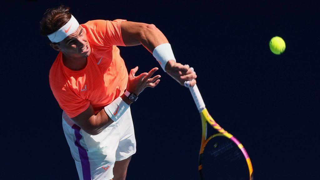 Rafa Nadal tuvo problemas en la espalda ante Djere.