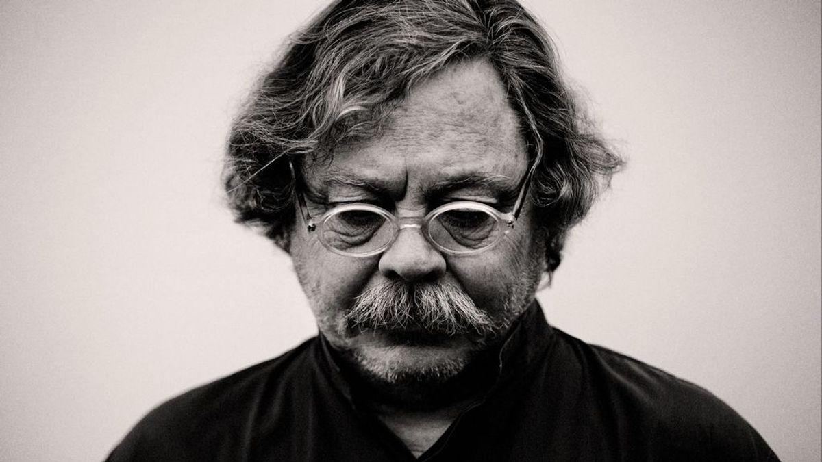 Adiós a Alberto Corazón: el diseñador que puso imágenes a una España en transición
