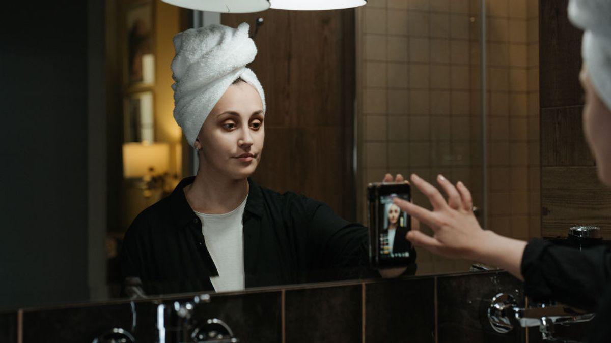 Reino Unido prohíbe los filtros de belleza a influencers_ una psicóloga analiza cómo nos afectan
