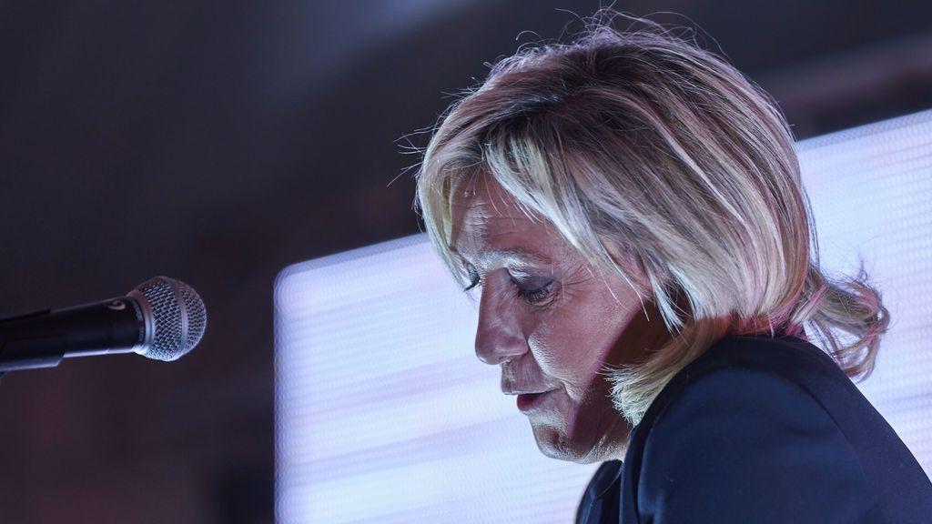 Marine Le Pen, en el banquillo por difundir imágenes de ejecuciones del Daesh