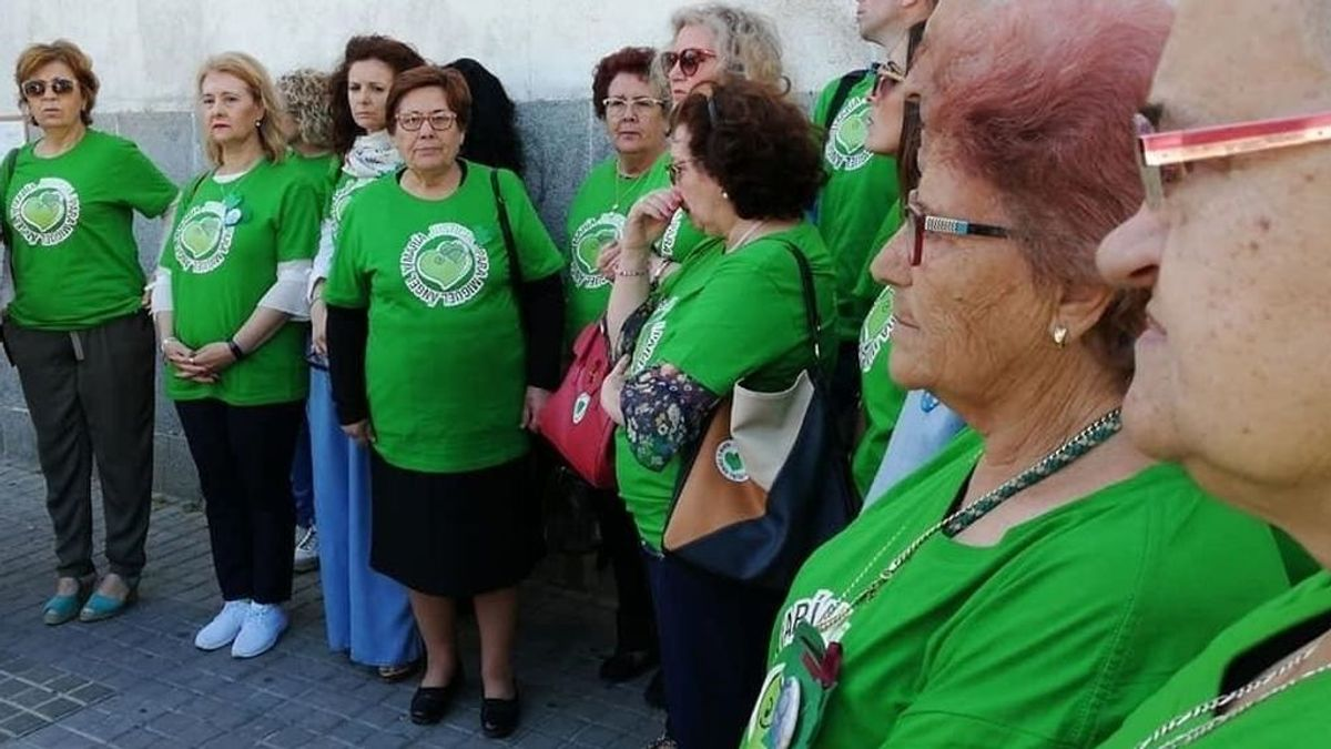 """La familia del doble crimen de Almonte siente  """"impotencia y desconsuelo"""" tras el informe de la UCO que no reabre el caso"""