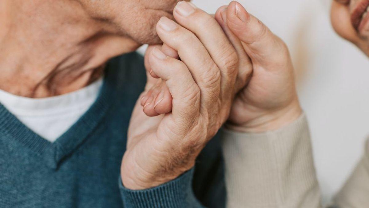 Una pareja de 91 años ingresada en el mismo hospital se despide horas antes de morir de covid