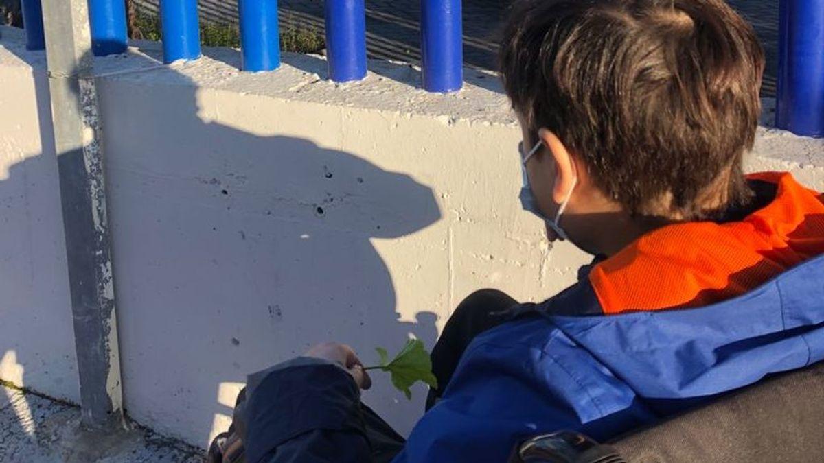 """El drama de Maxi, un niño autista con un tumor cerebral: """"Lleva 4 meses sin clase porque el ascensor no funciona"""""""