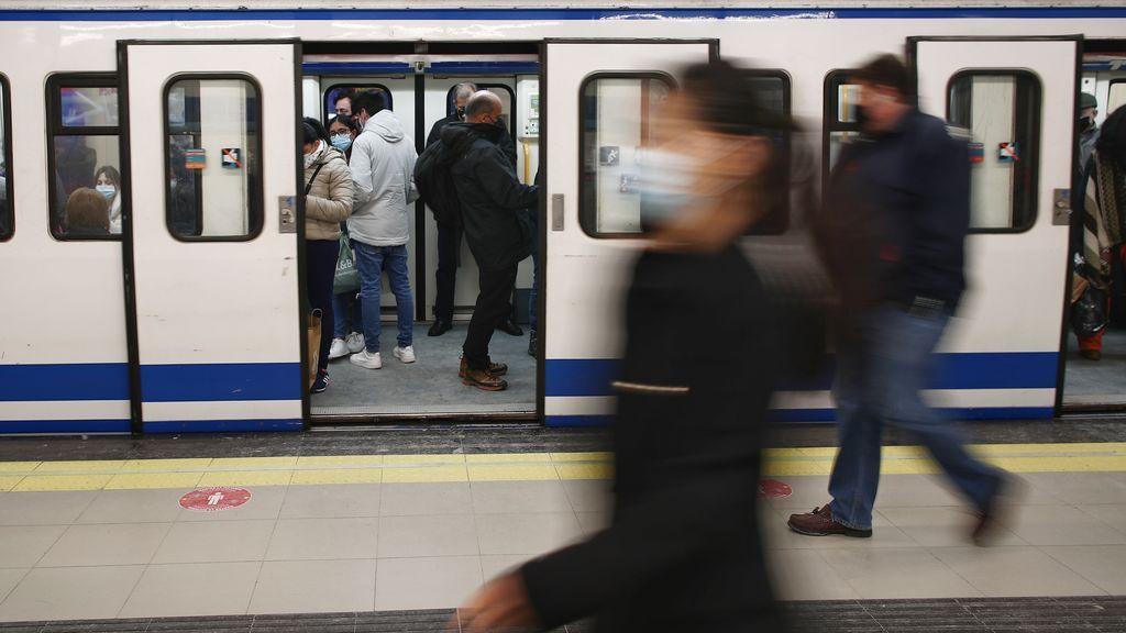 El transporte público acusa la pandemia: 2.300 millones de viajes menos en 2020