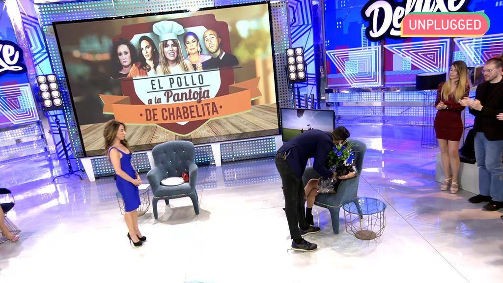 Isa Pantoja y Asraf Beno en 'Sábado Deluxe'