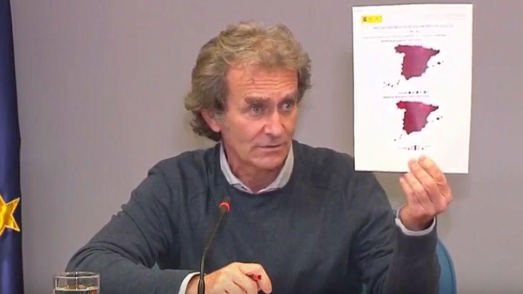 """Simón: """"La situación en España sigue siendo de este color, no es ni verde ni amarilla ni naranja"""""""