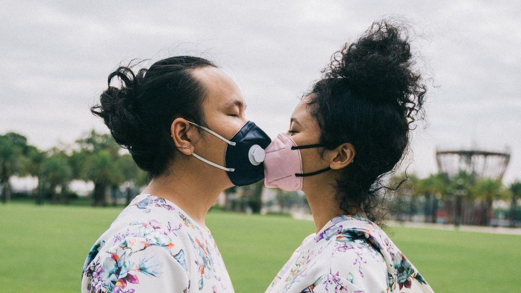Beso en pandemia