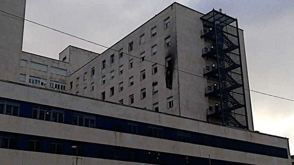 El hospital Puerta del Mar esta mañana