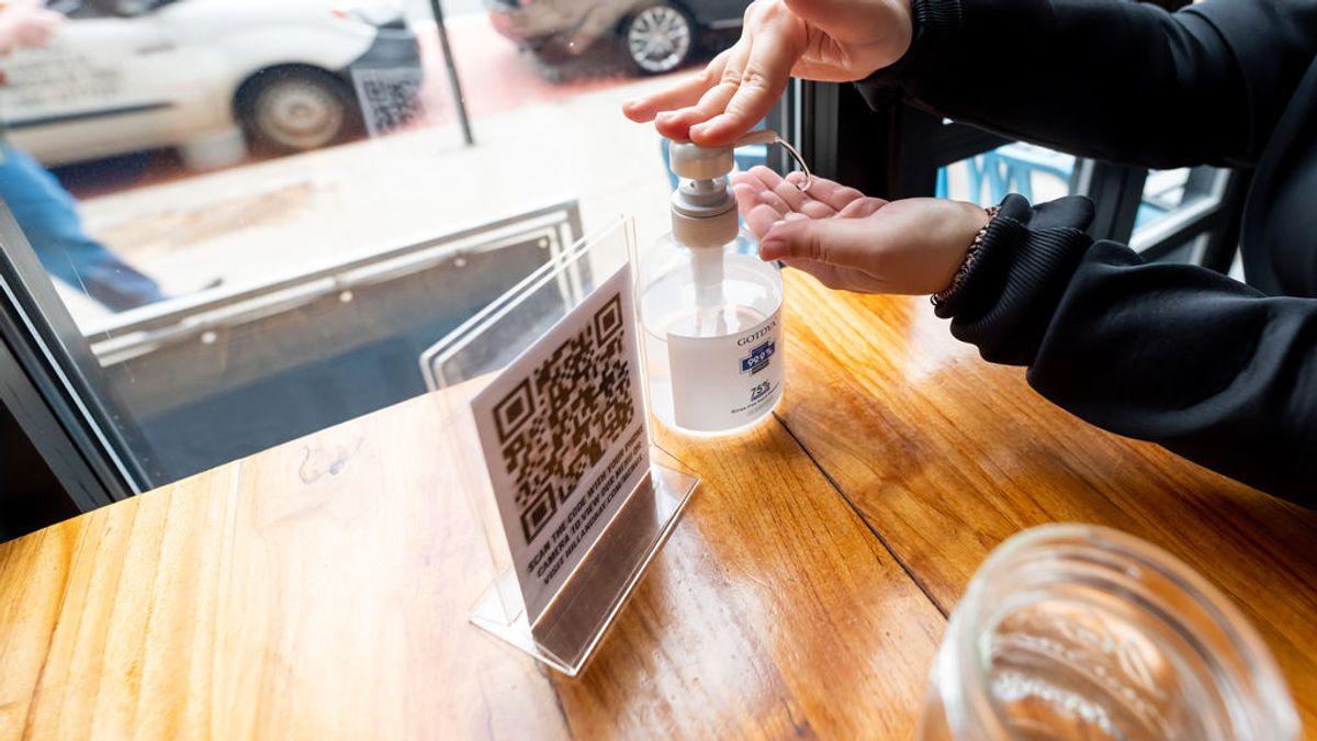 Castilla-La Mancha reabre la hostelería con la obligación de usar un código QR para los clientes