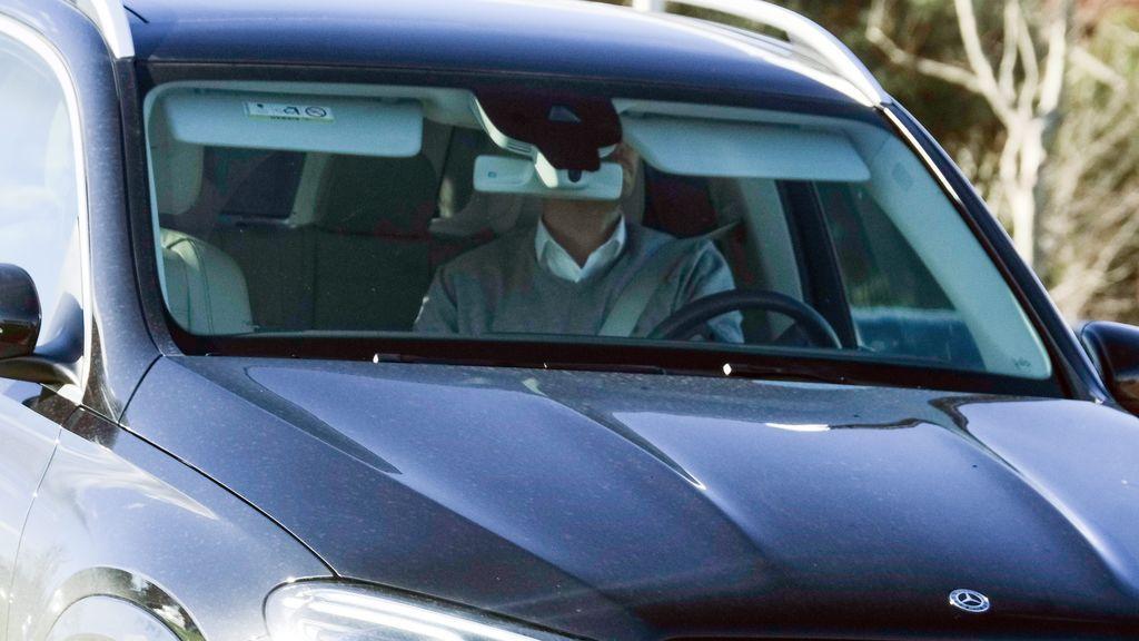 La llegada de Iker al hospital para recoger a Sara