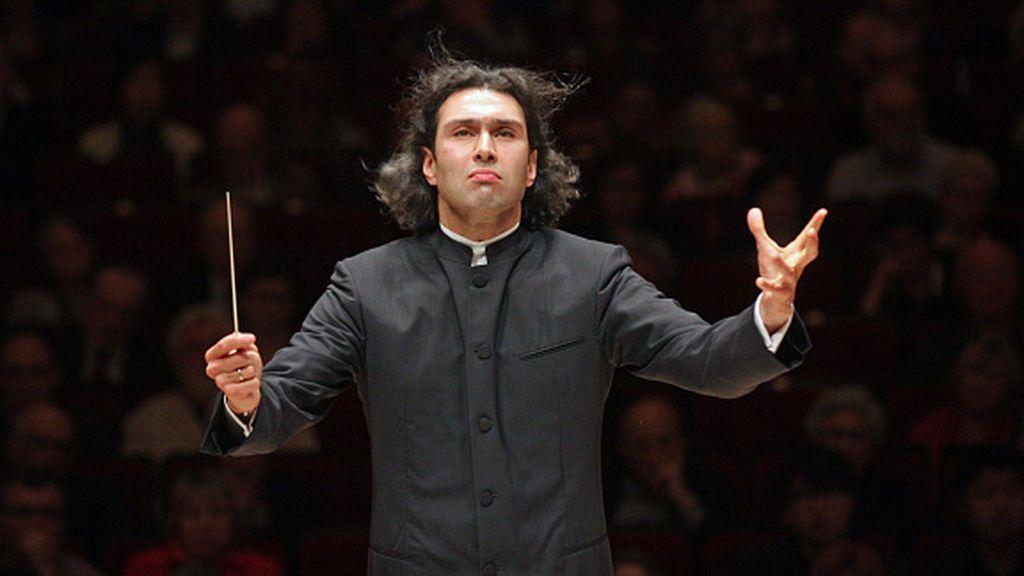 Tocata y fuga de directores de orquesta tras el Brexit