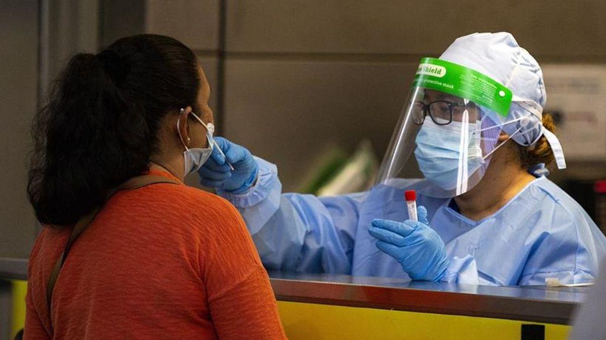 Un equipo internacional de científicos detecta una nueva variante del virus en  el sur de California