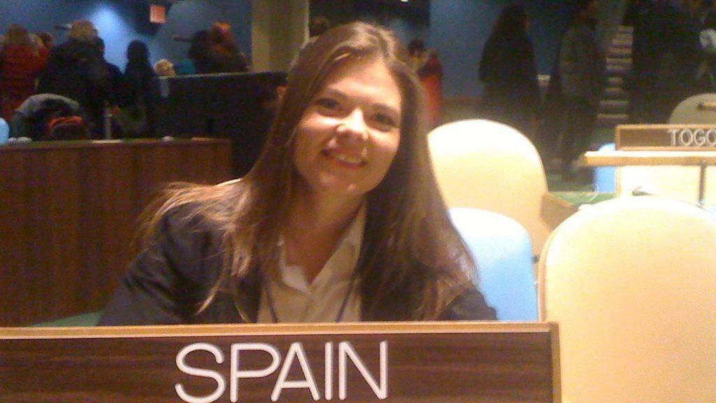Sara en la sede de la ONU en Nueva York.