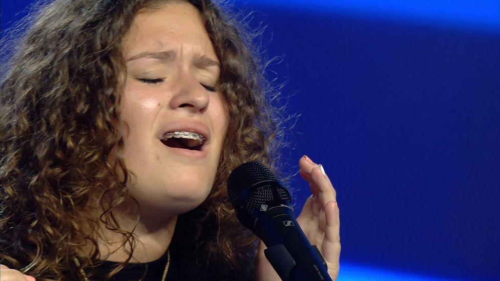 Elsa hace llorar a Edurne al cantar el 'Padre Nuestro'