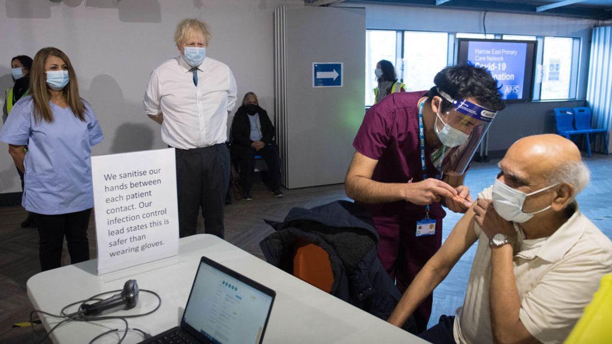 La vacunación masiva en el Reino Unido ya reduce la mortalidad por covid un 10 %, según un estudio