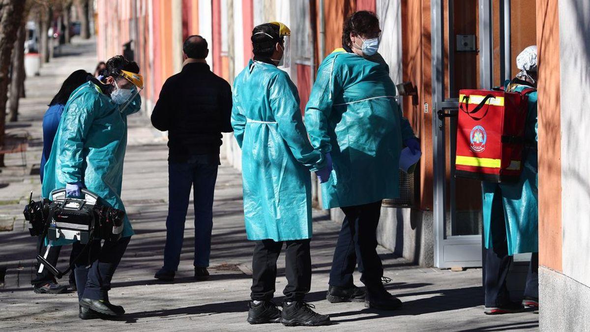 Madrid baja a 2.555 casos y registra 54 muertos por coronavirus