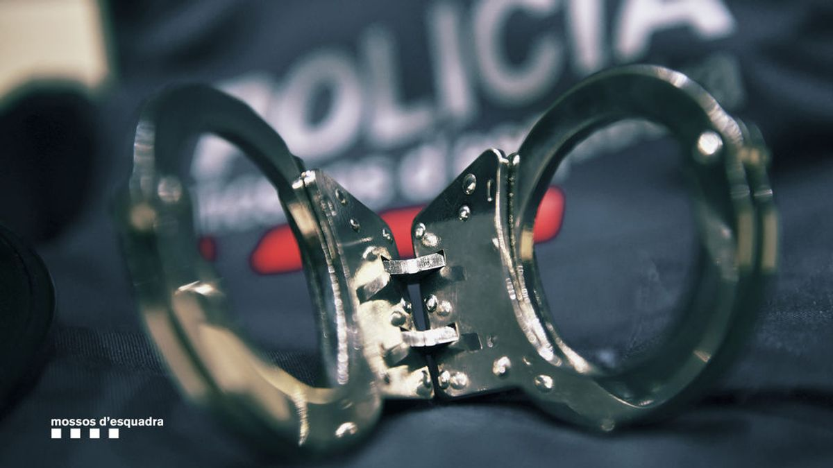 Detenido un menor en Badalona por la muerte de otro: la víctima trató de defender a su hermano y le apuñalaron