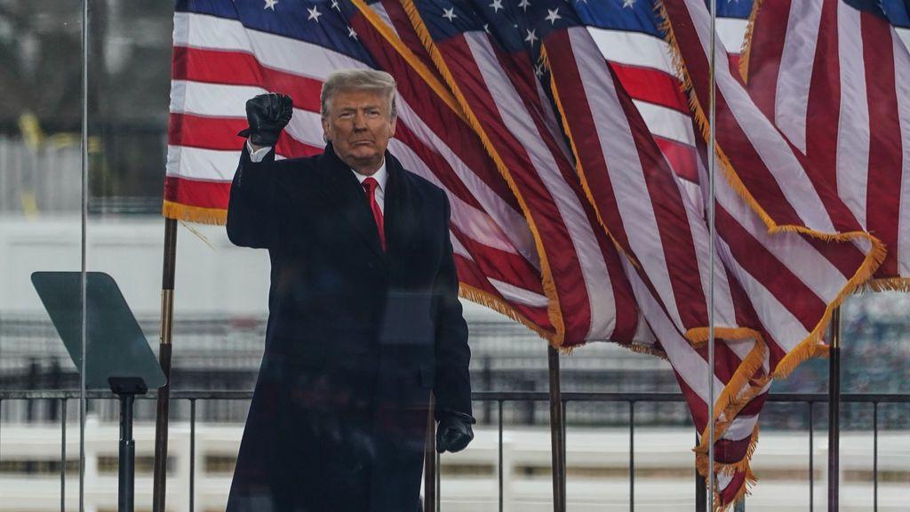 Trump se negó inicialmente a ordenar a los asaltantes del Capitolio que suspendieran la incursión