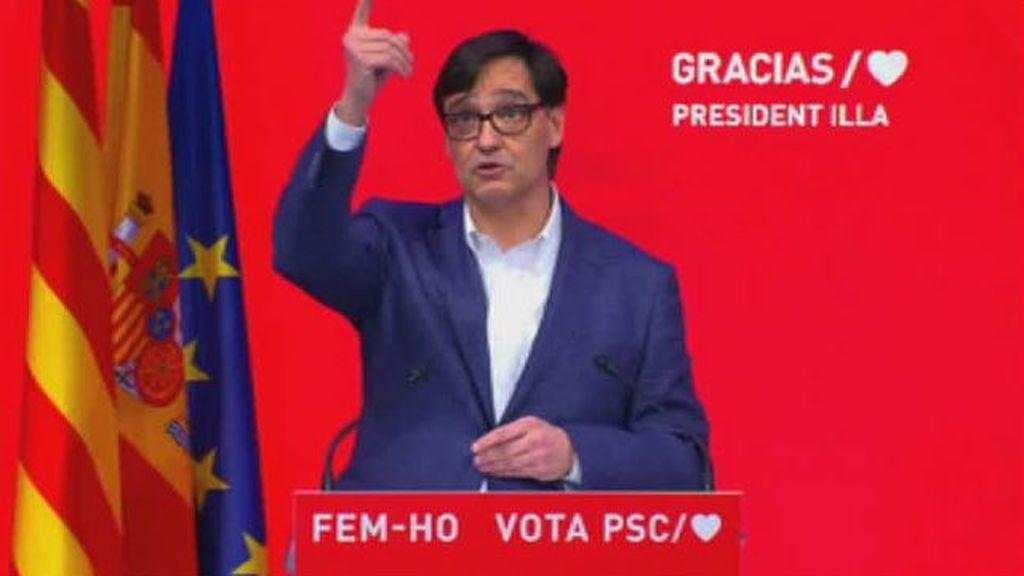 Illa emocionado durante su discurso