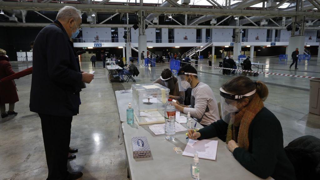 Votación en los Maristas de Barcelona