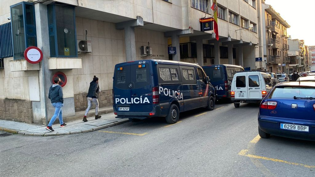 Más de 40 agentes antidisturbios de la UIP se despliegan en Linares para prevenir nuevos disturbios