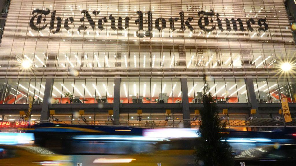 Dos reconocidos periodistas del New York Times renuncian a sus puestos de trabajo tras ser criticados por comportamientos inapropiados