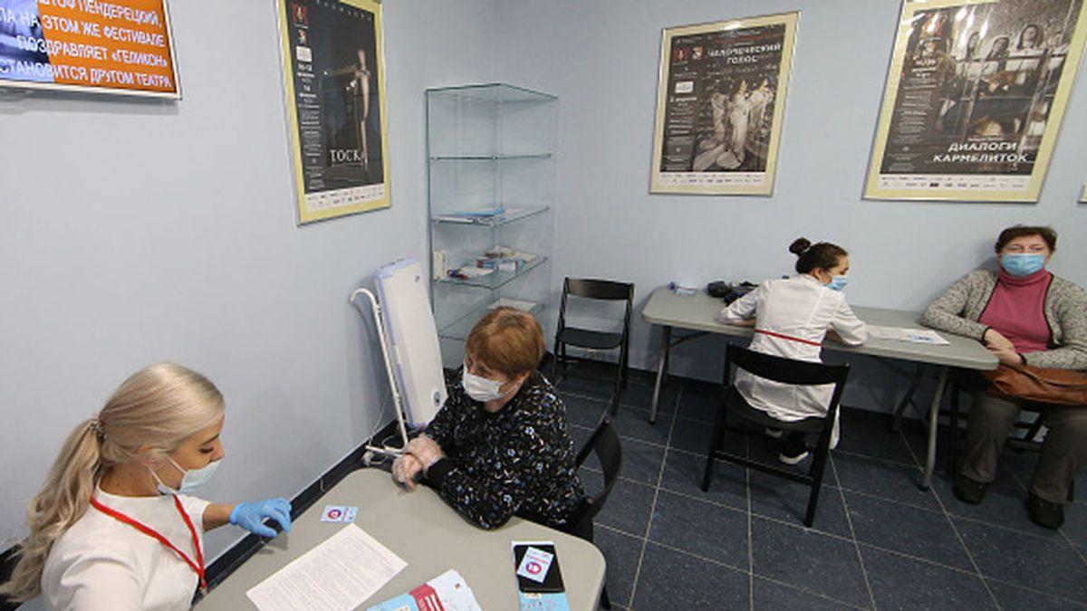 Bruselas descarta comprar la vacuna rusa