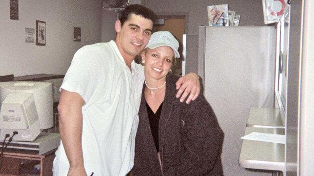 Britney estuvo casada poco más de 24 horas con su mejor amigo.