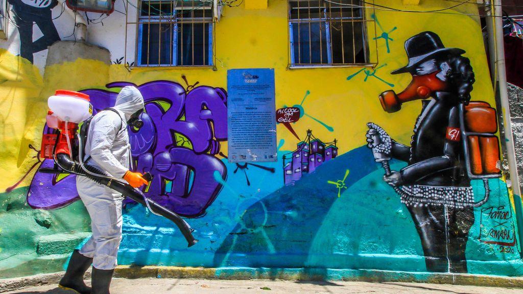 Brasil roza los 240.000 fallecidos por coronavirus