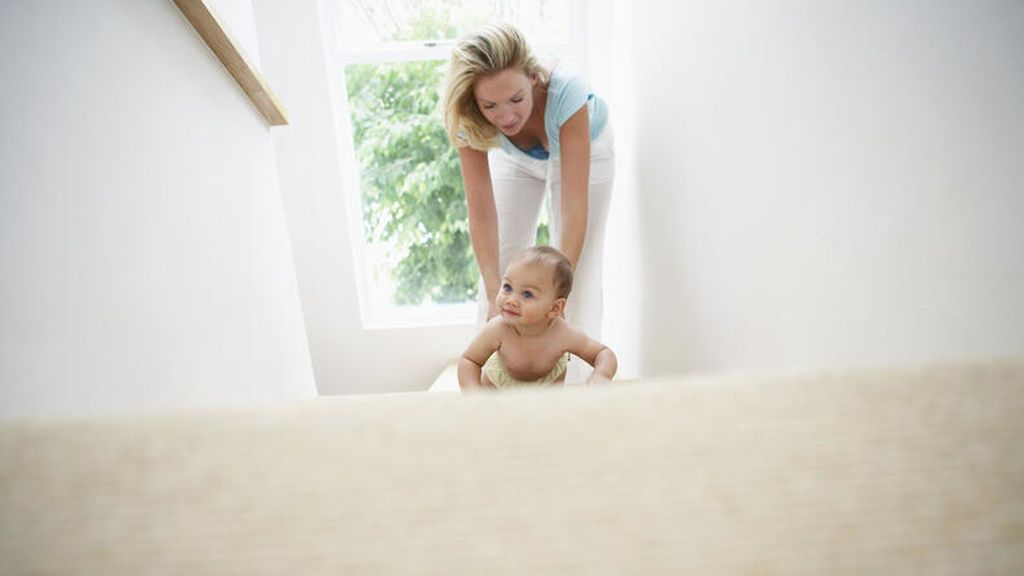 La estimulación temprana del bebé en casa será esencial para el correcto desarrollo del pequeño: estos es todo lo que tendrás que tener en cuenta.