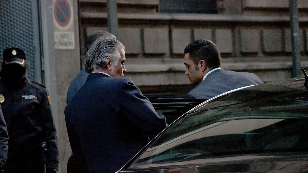 Bárcenas le dice al juez de Kitchen, que le robaron la grabación de Rajoy destruyendo la contabilidad b en la trituradora