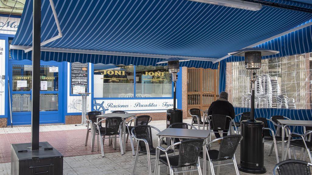 Terraza de cafeteria en Cuenca, en la  jornada de reapertura el pasado 12 de febrero